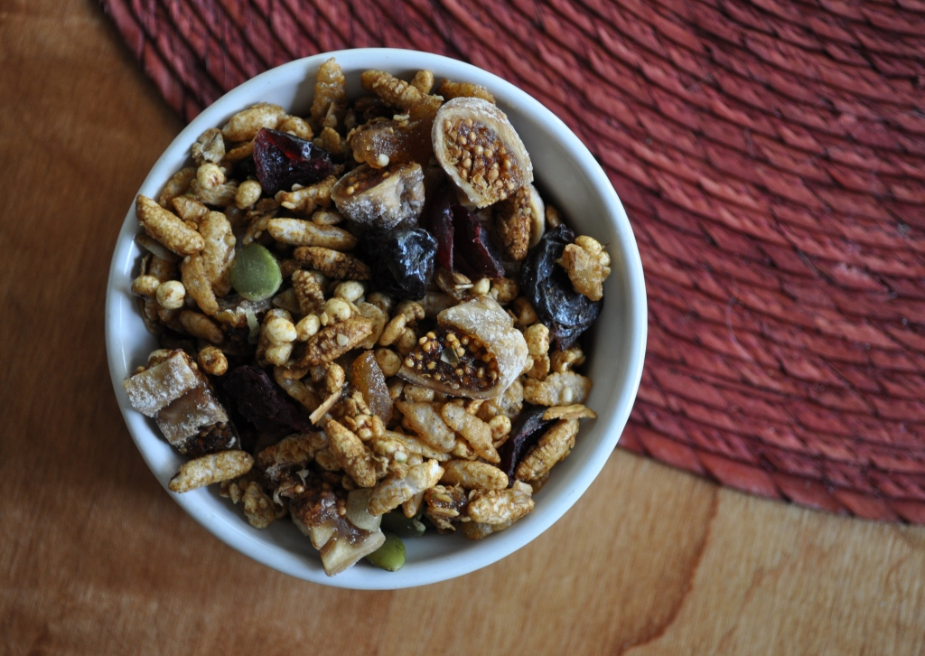 triple ginger fig granola