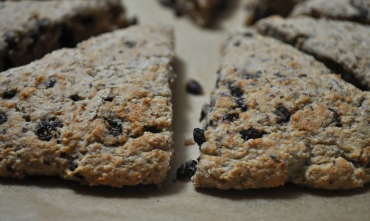 hazelnut currant scones
